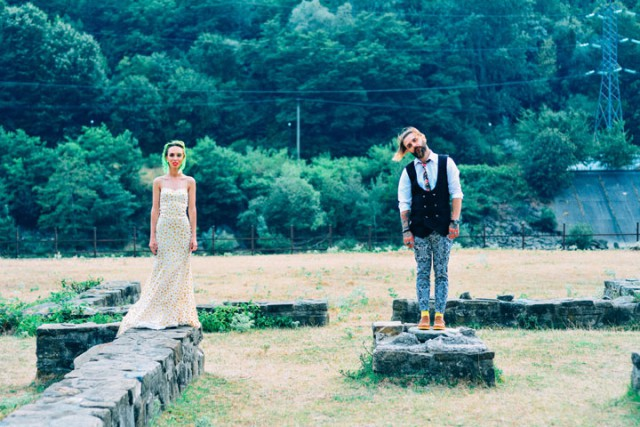 Unconventional & Colourful Wedding in Romania (6)