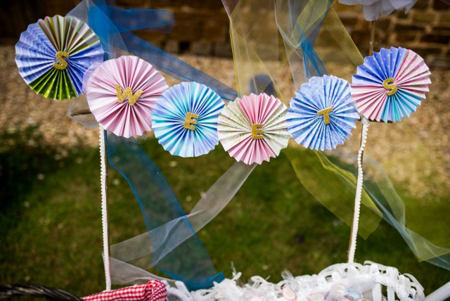 Retro Kitsch Summer Wedding (13)
