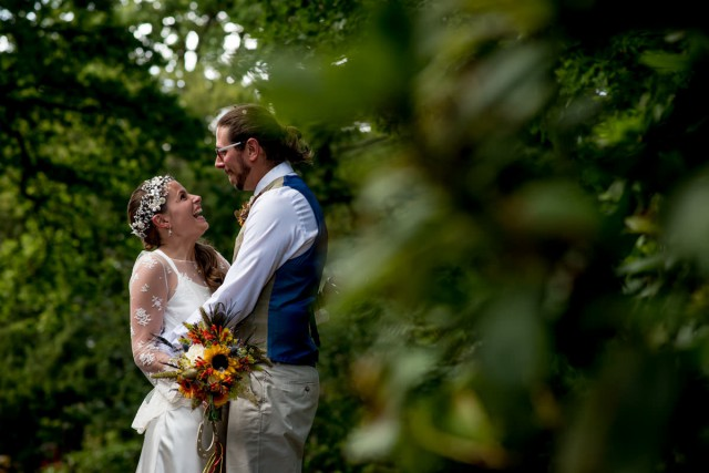 colourful back garden wedding_matt_badenoch_photography (29)