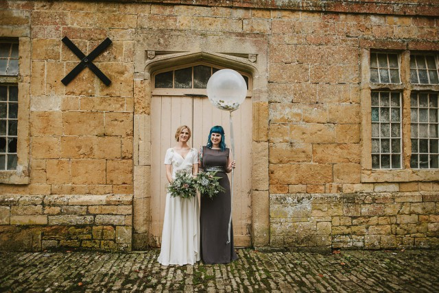 travel metallic and non-floral wedding in somerset (44)