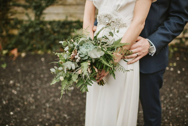 travel metallic and non-floral wedding in somerset (52)