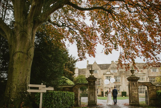 travel metallic and non-floral wedding in somerset (56)