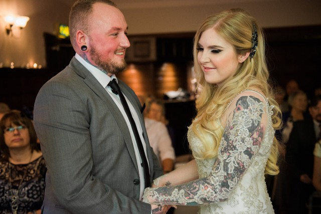 Glamorous Autumn Wedding with a Tattooed Bride and Groom (16)