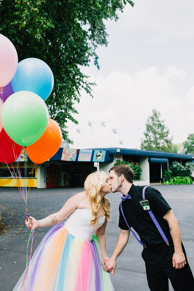 colourful carnival wedding (42)