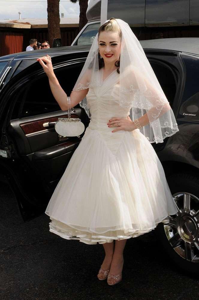 Vegas Style Wedding Dress 73 Awesome vintage las vegas wedding