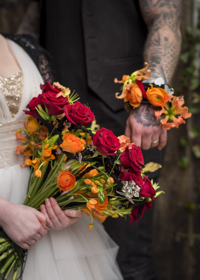 How to Use Flowers to Add Personality to Your Wedding (25)