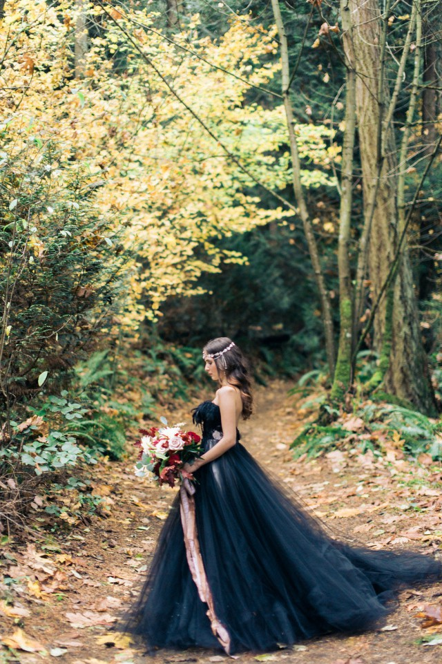 Woodland Nymph in a Black Wedding Dress (14)