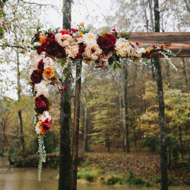 Rustic Outdoor Wedding Ideas: A Modern Take On A Rustic Wedding… In The Rain! · Rock N