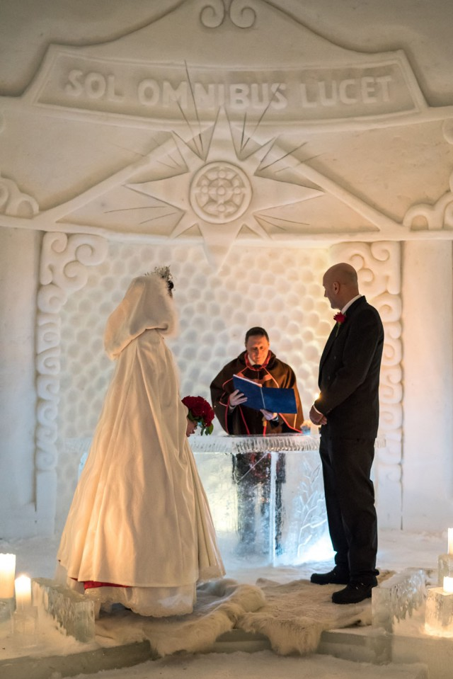 Lapland Wedding in an Ice Chapel (12)