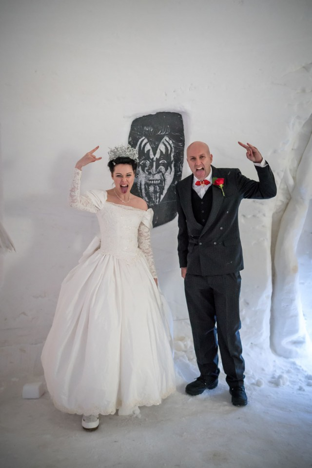 Lapland Wedding in an Ice Chapel (28)