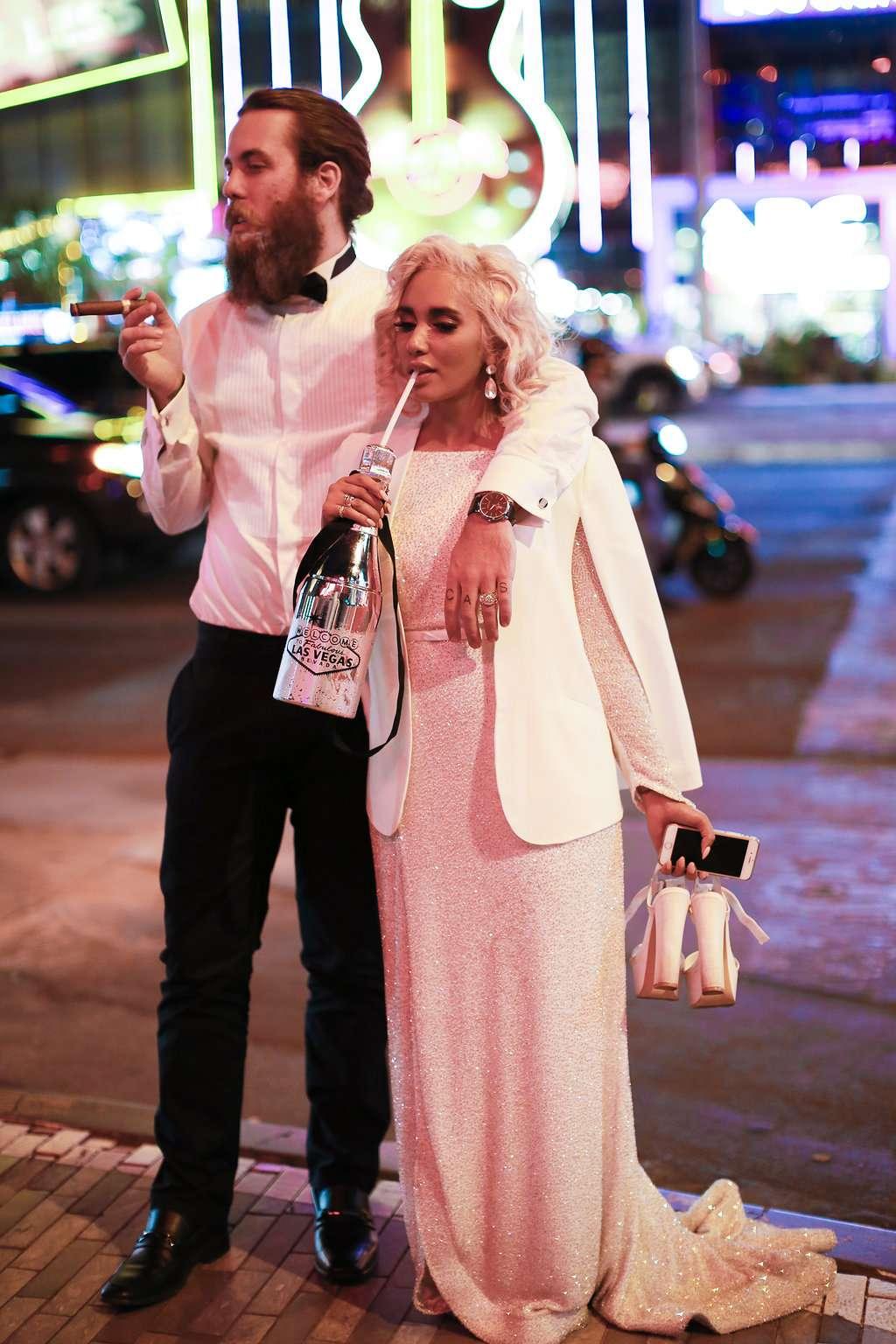 Achingly Cool Secret Las Vegas Elopement · Rock N Roll Bride