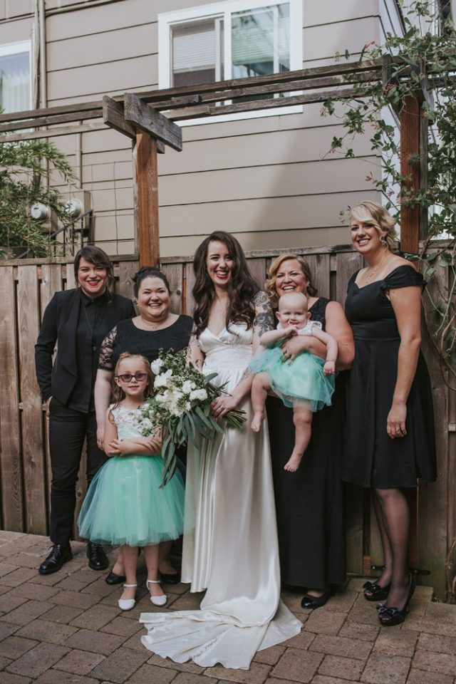 Portland Wedding with Minimal Stress (19)