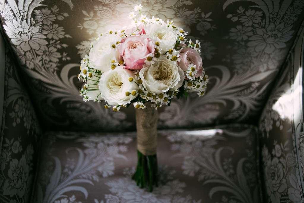 shabby chic garden wedding rock n roll bride. Black Bedroom Furniture Sets. Home Design Ideas