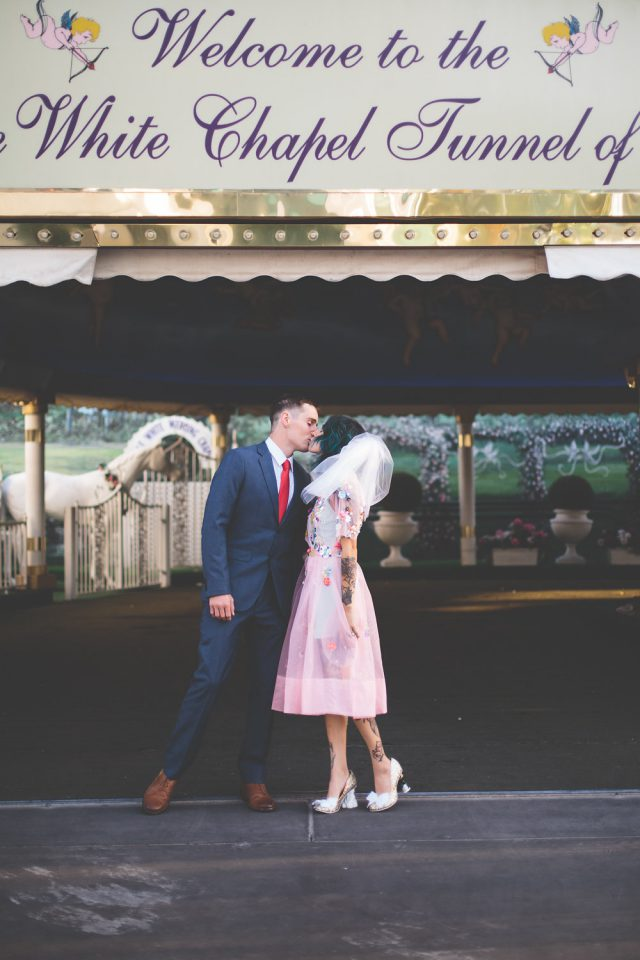 a-colourful-vegas-elopement-with-the-bride-in-a-pink-dress-20