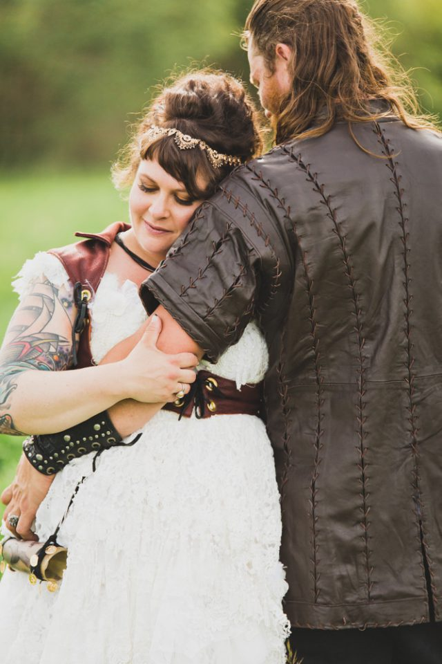 gypsy-viking-wedding-wild-love-photos-38