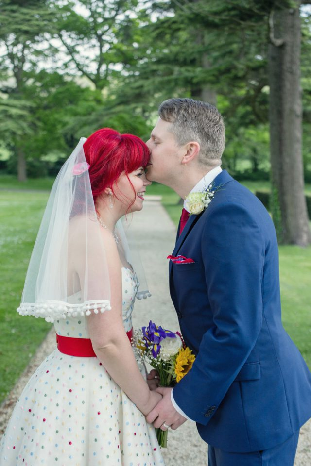 intimate-and-colourful-wedding-with-seven-guests-11