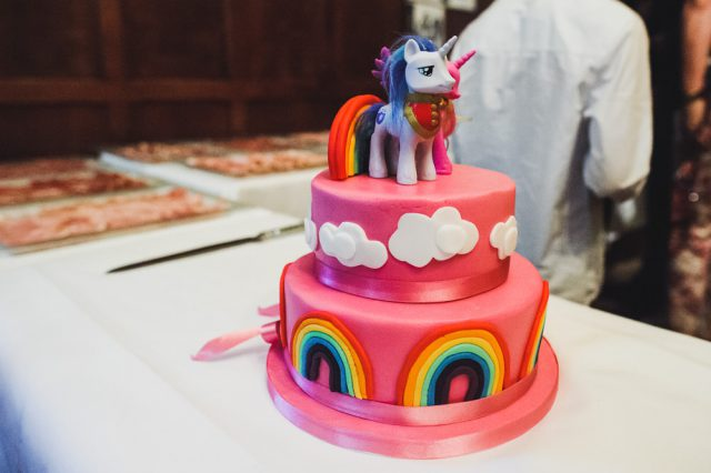 my-little-pony-rainbows-a-bride-in-bunny-ears-41