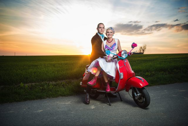 comfortable-and-colourful-czech-republic-wedding-39