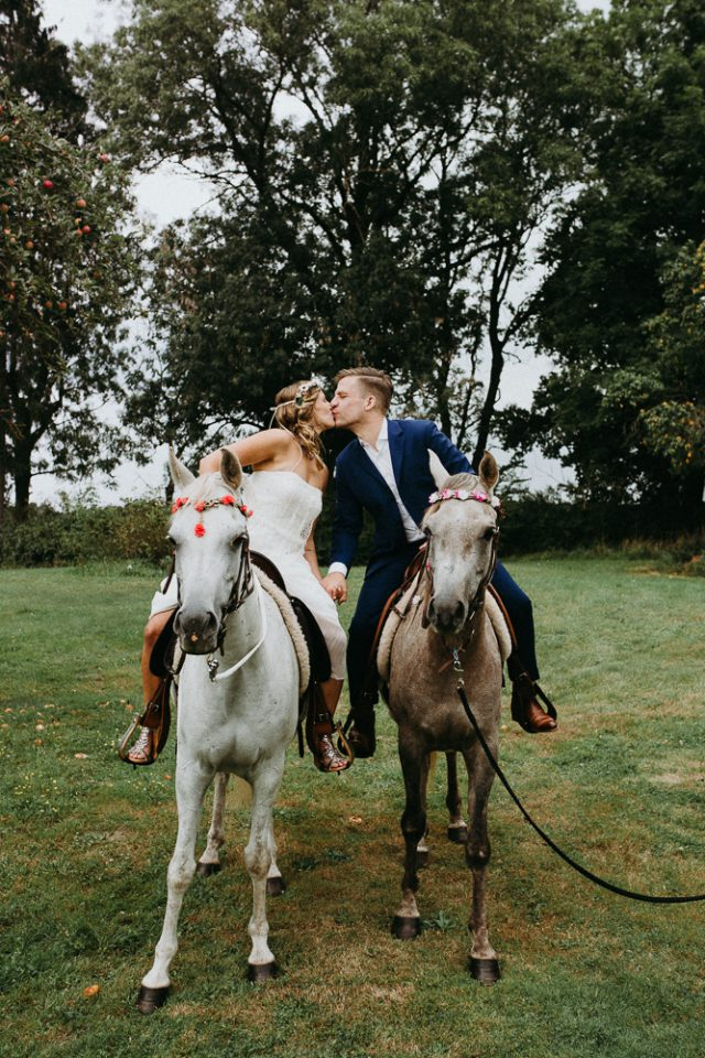 Bohemian Fairytale Dream Wedding with Horses (34)