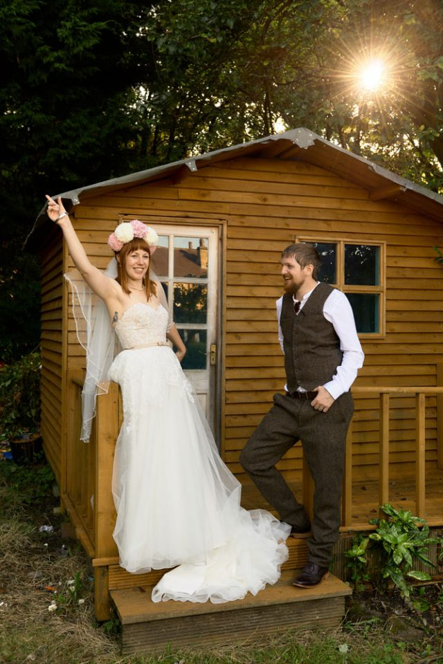 DIY Wedding in their Own Back Garden (19)