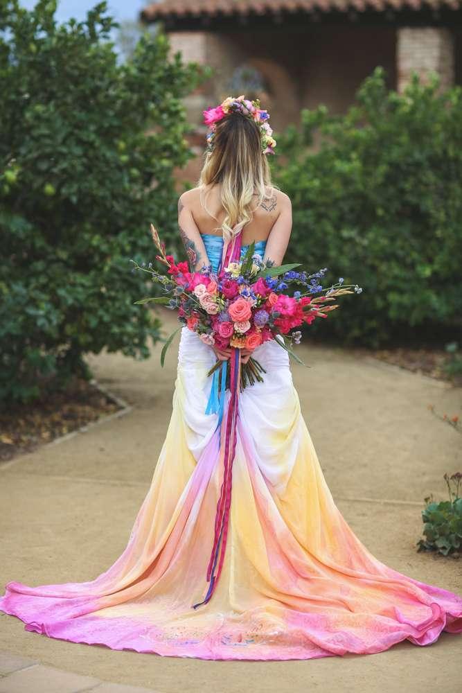 Rock n roll inspired wedding dresses bridesmaid dresses for Rock n roll wedding dress