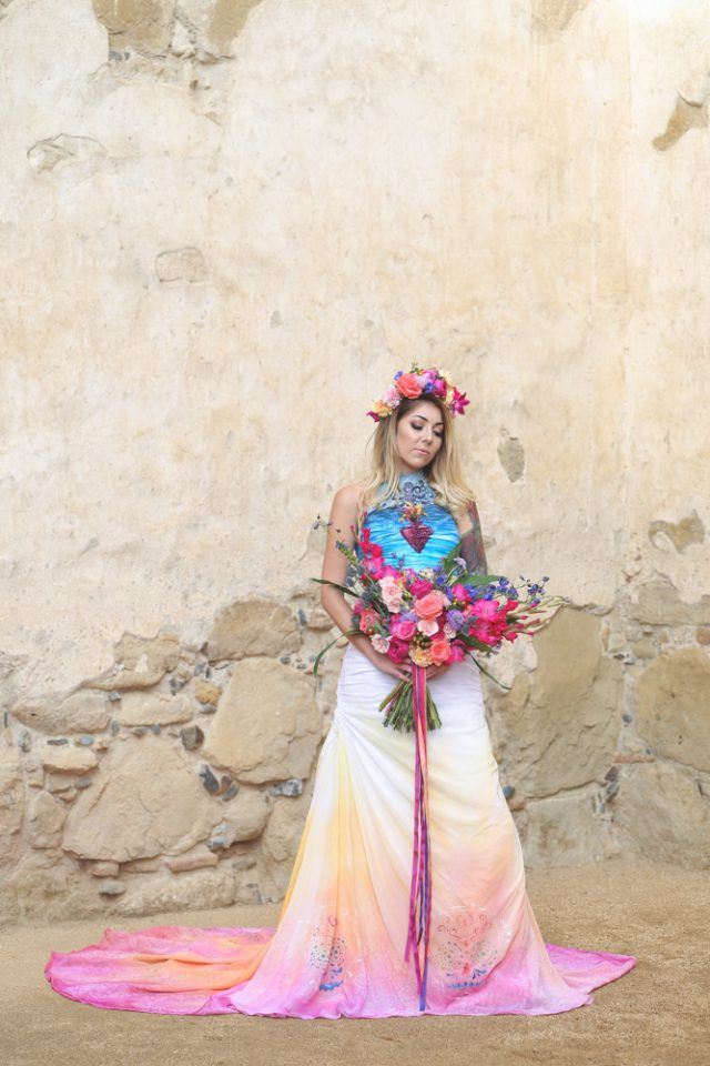 Dia De Los Muertos Inspired Painted Wedding Dresss_ChristinaSanchez_Rock n Roll Bride (6)