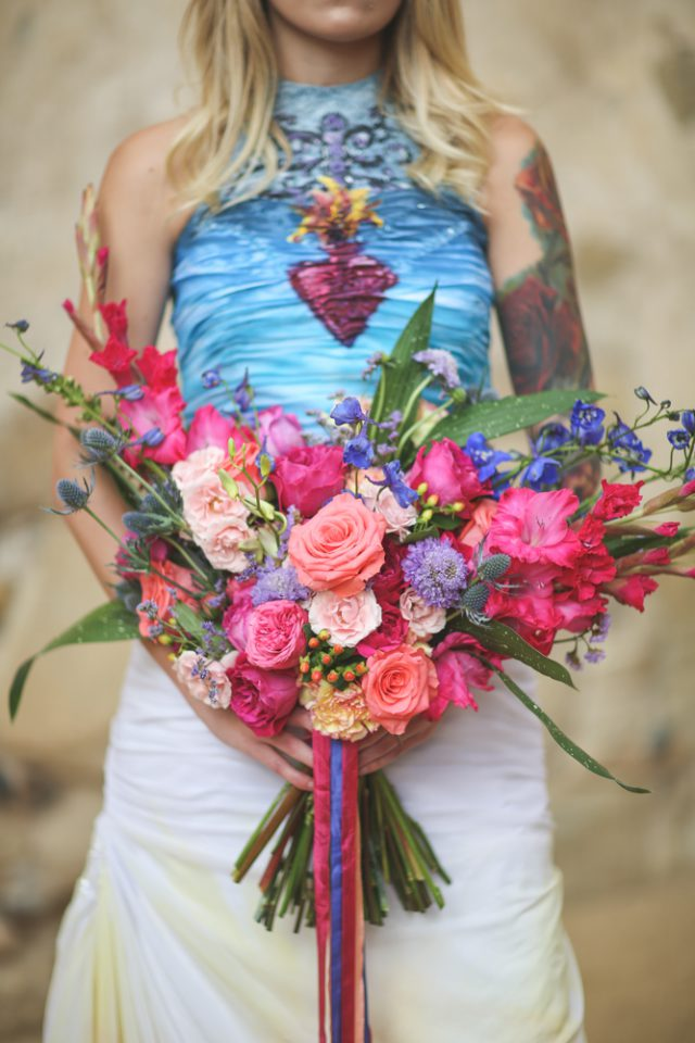 Dia De Los Muertos Inspired Painted Wedding Dresss_ChristinaSanchez_Rock n Roll Bride (8)