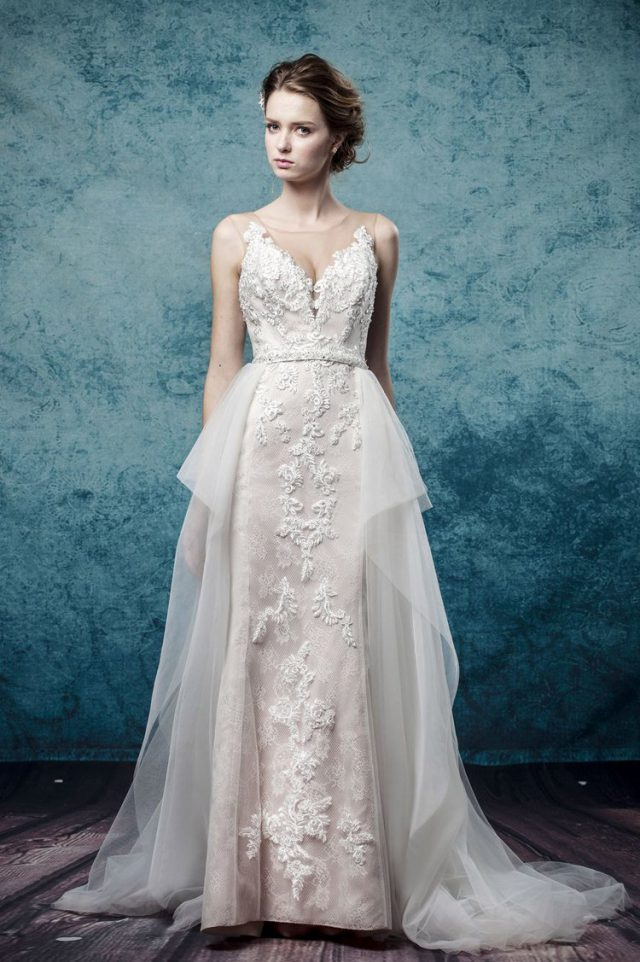 Win a Made-to-Measure Wedding Dress from Leis Atelier! (3)