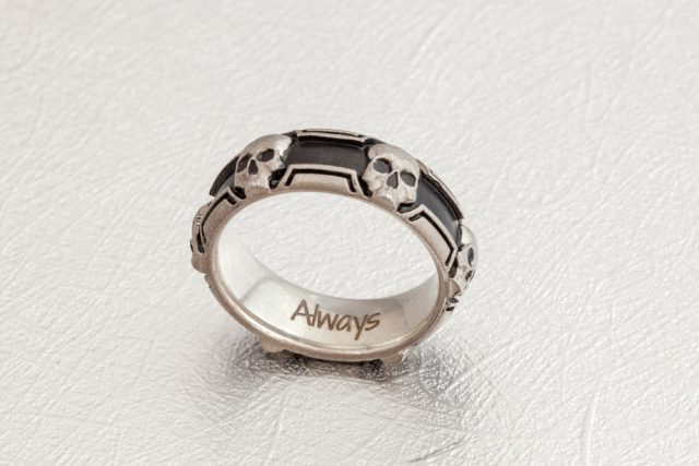 Design the Alternative Wedding Ring You've Always Wanted with CustomMade (8)