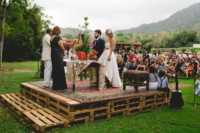 Music and Art Inspired Brazilian Wedding with a Flash Mob! (59)