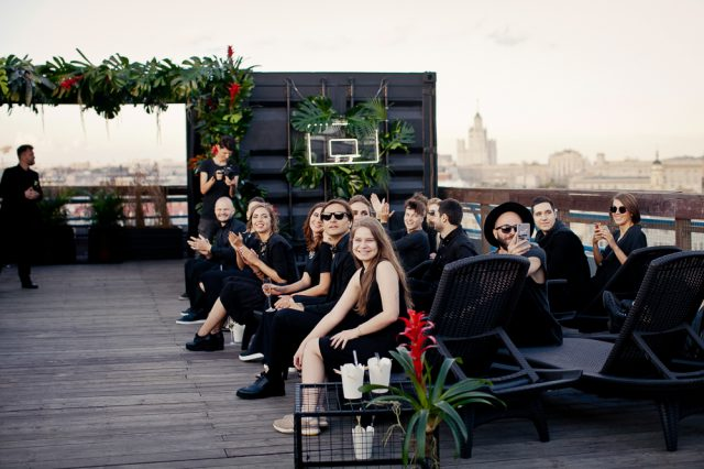 City Jungle Rooftop Wedding in Moscow (10)