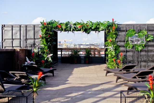 City Jungle Rooftop Wedding in Moscow (5)