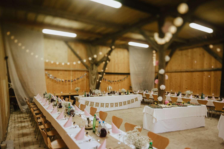 Novo Wedding Band 81 Awesome Secret Meadow Wedding in