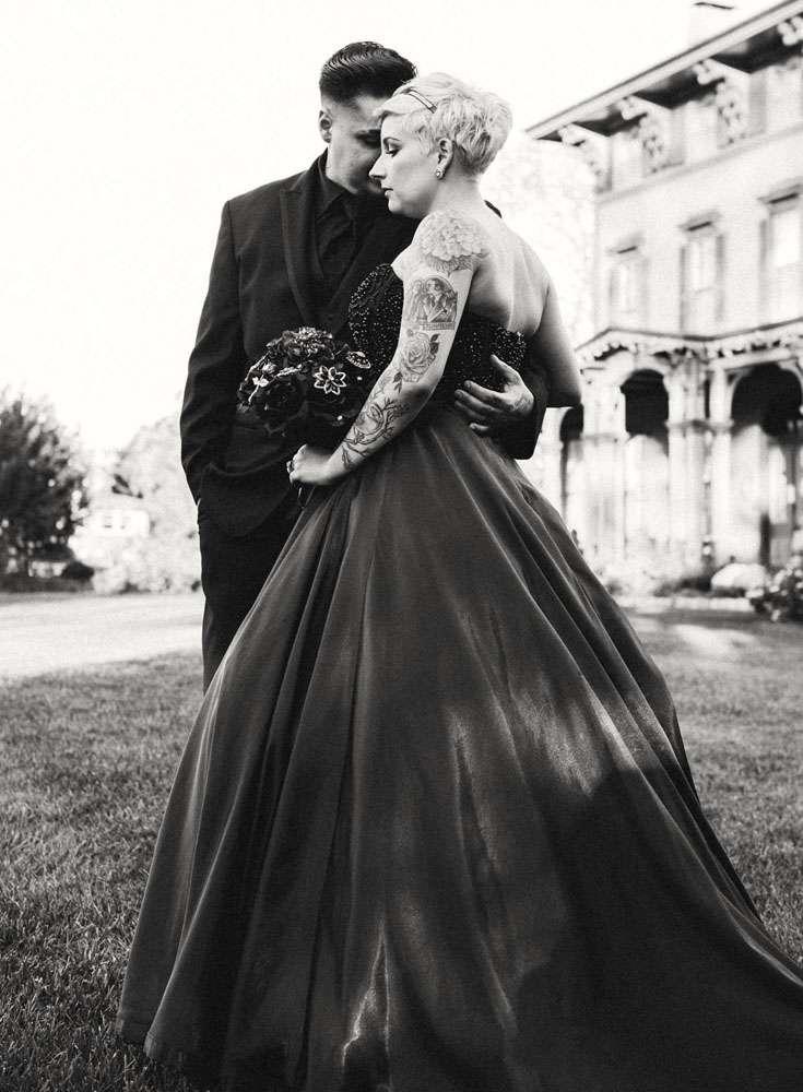 Victorian Gothic Wedding Dresses 28 Beautiful Romantic Gothic u Addams