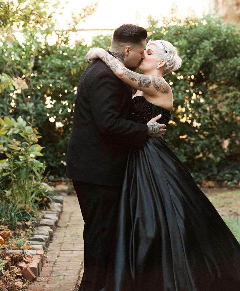 Victorian Gothic Wedding Dresses 36 Fabulous Romantic Gothic u Addams
