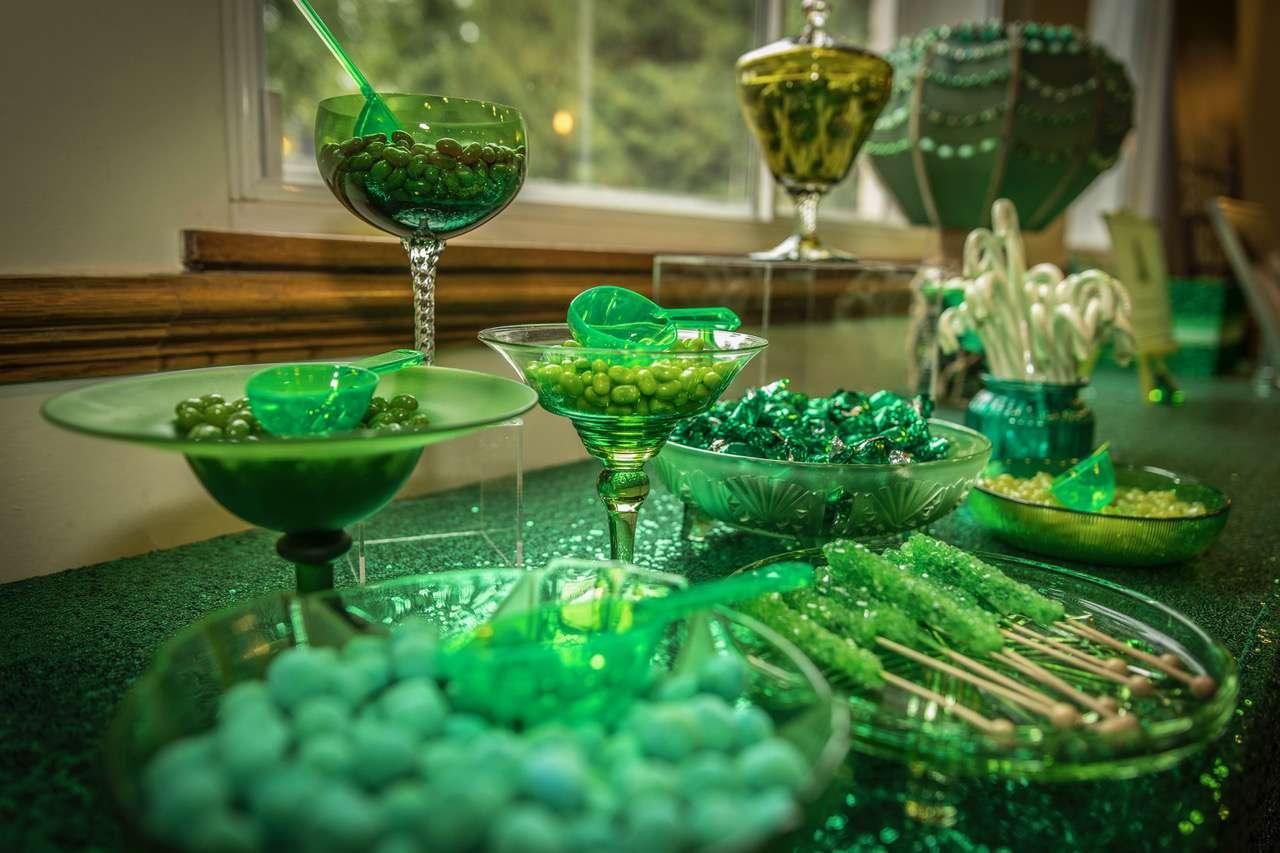 An Emerald City Vow Renewal 183 Rock N Roll Bride