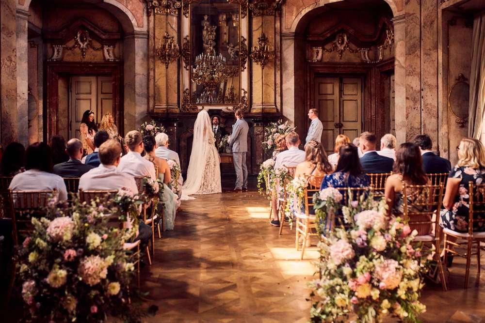 Ethereal, Dark and Romantic Wedding in Prague · Rock n ...