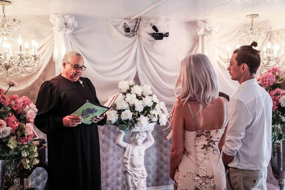 Sparkly Shotgun Wedding In Las Vegas 17