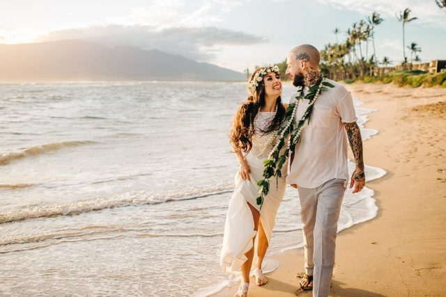 Underground Rer And Producer Eli Eligh Married Jessica At The Aloha Aku Inn Suites In Maui A Place They Have Loved Visited Together For Long