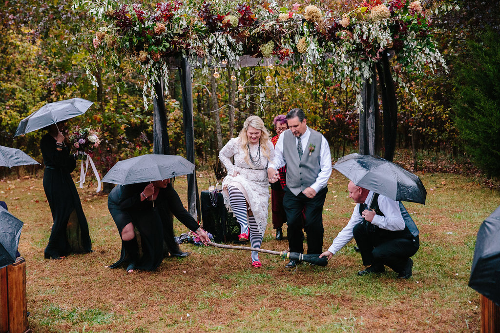 Southern gothic wiccan wedding in the rain rock n roll bride wiccan wedding on halloween in the rain junglespirit Gallery