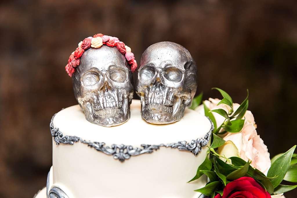 Skulls Rock N Roll Bride
